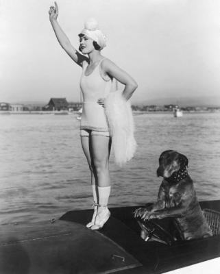 20080516125137-gloria-swanson-teddy-at-the-throttl.jpg